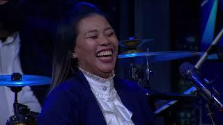 Download Sama-Sama Ga Jelas Ngasih Clue, Dua Tim Sama-Sama Bikin Emosi