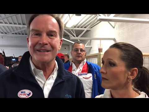 Kellyanne Conway campaigns for Michigan Republicans