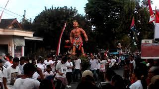 Download Video Ogoh-ogoh Bima Sakti GALENGAN art tampil di karnaval ds Balapan MP3 3GP MP4