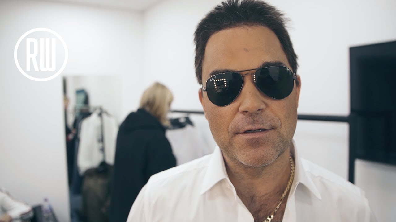 Robbie Williams   Vloggie Williams Episode #52 — The Third Live Show