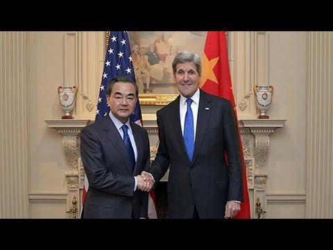 Wang Yi, John Kerry discuss South China Sea, DPRK