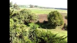 Heidelberg Cape. Beautiful 6.4 ha plot with much water and Beautiful House .MOV