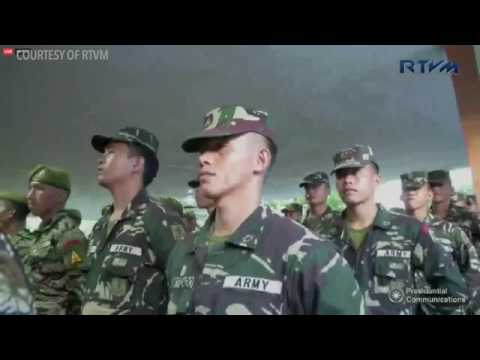 Duterte visits infantry brigade in Butuan City