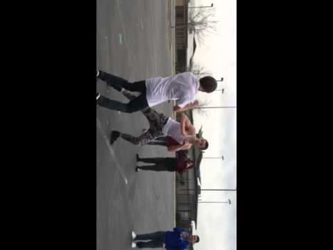 White Boy Fights Crackhead (knockout)