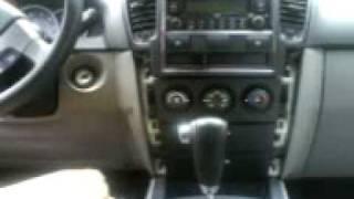 Exposing the stereo of a 2008 Sorento.