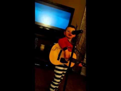 3 yr old singing Thomas Rhett's 'Die a Happy Man'