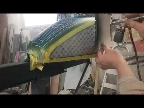 Airbrushing Fish scales