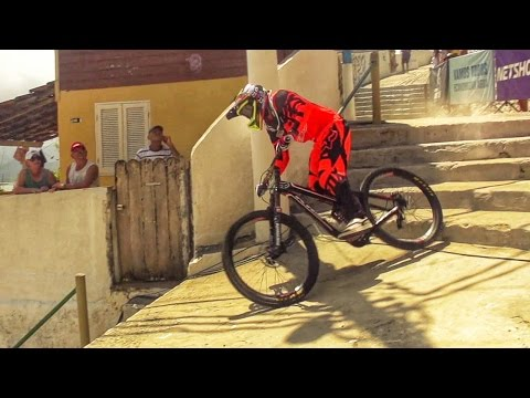 Gringos & Rapidos | 2015 City Downhill World Tour | Full movie
