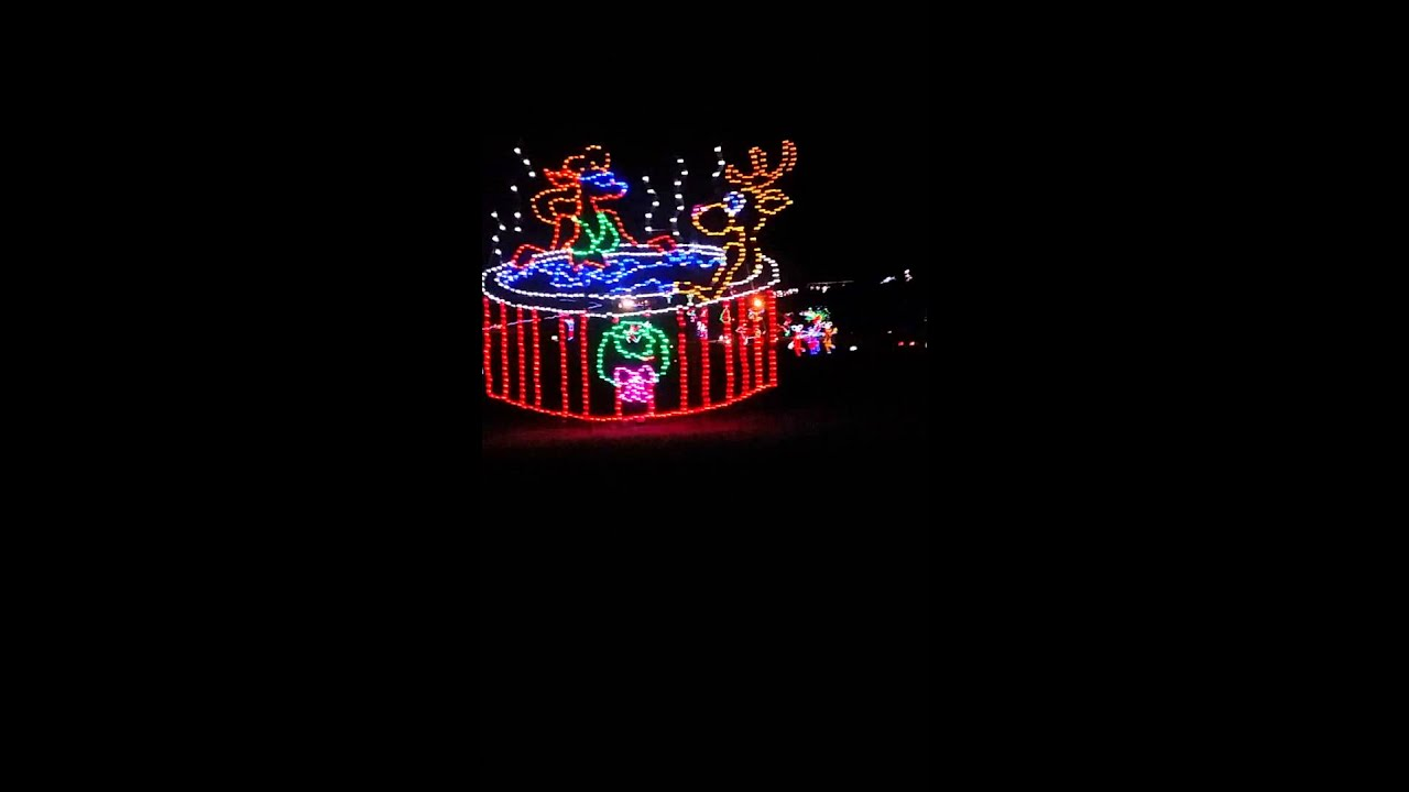 Belton Christmas lights - Belton Christmas Lights - YouTube