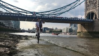 WHEELIES ON THE EDGE OF THE RIVER THAMES!! (RISKY!)
