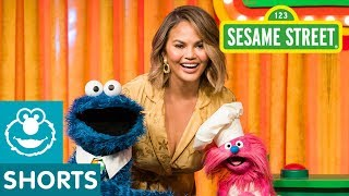 Sesame Street: Name That Fruit With Chrissy Teigen