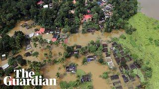 فيضانات الهند تودي بحياة 324 شخصا.. فيديو