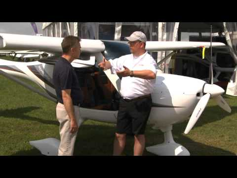 Beyond Trainer: Remos GX - Flying Magazine