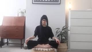 Yoga Breathing Exercise: Hands Free Nadi Shodhana