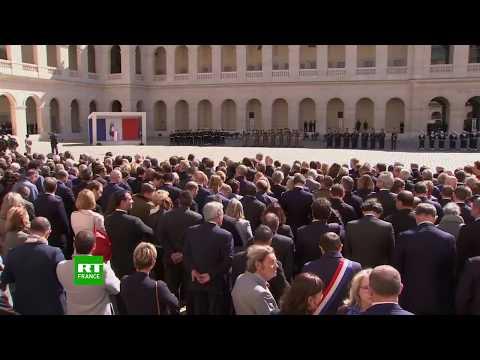 Macron Préside L'hommage Aux Invalides Pour Les Deux Militaires Tués Au Burkina Faso