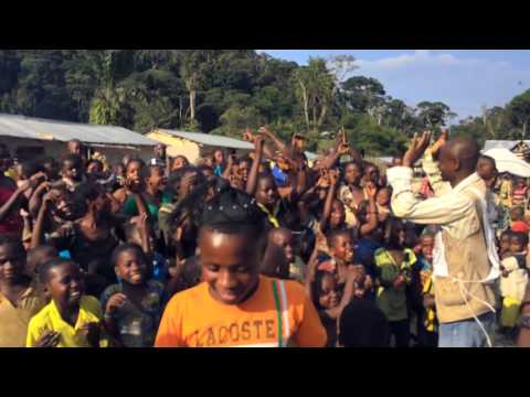 Democratic Republic of the Congo: Mother celebrates return of lost son