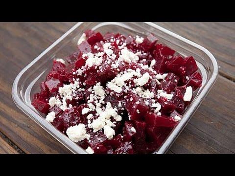 Салат из свёклы с брынзой и семечками