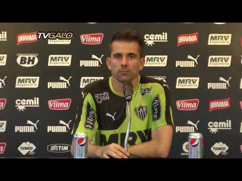 17/11/2015 Entrevista Coletiva: Victor