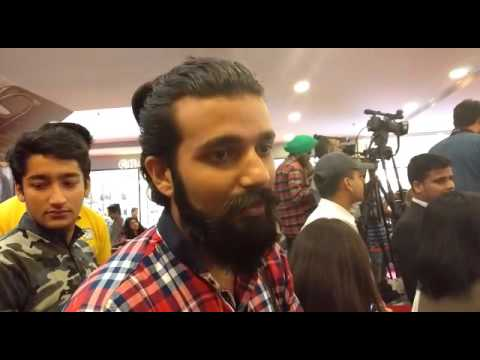 Abhinay Gupta, first shopper at H&M India