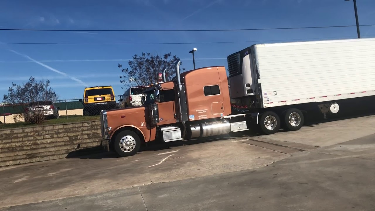Oil Change for the 2019 Peterbilt 389 and x15 Cummins