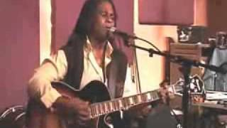 Ruthie Foster - Another Rain Song.wmv