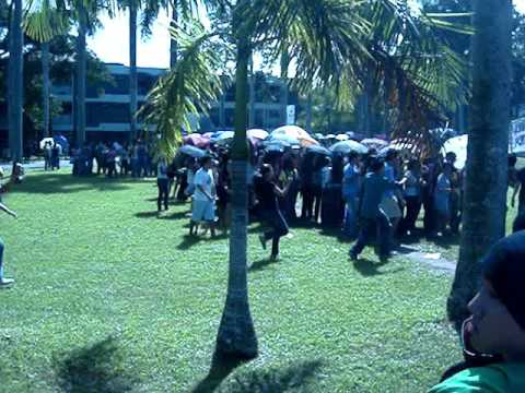 2008 Penny watches Oblation Run 2