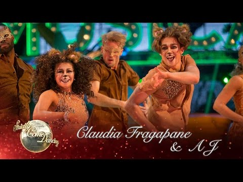 Claudia Fragapane & AJ Salsa to 'I Just Can't Wait To Be King' from The Lion King - Strictly 2016