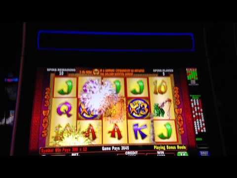 Golden Rooster Slot Machine