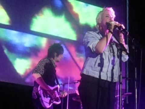 Cat Power - Peace And Love (Live @ Roundhouse, London, 25/06/13)