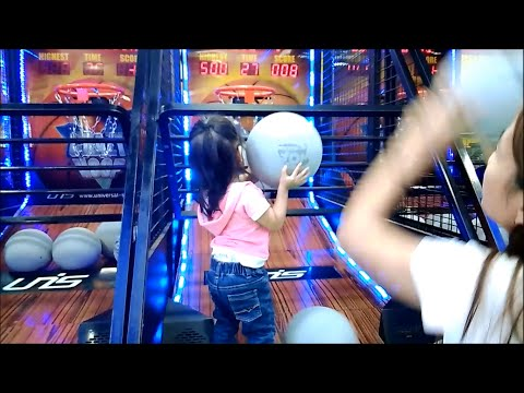 Indoor Amusement Center for Kids: Arcade Games - Family Fun Playtime - Donna The Explorer