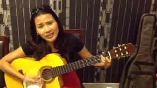Quynh scarlett - Tình khúc buồn (tự chơi guitar)