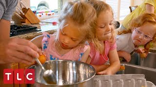 The Quints Help Make Mother's Day Breakfast | OutDaughtered
