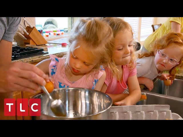 The Quints Help Make Mother's Day Breakfast   OutDaughtered