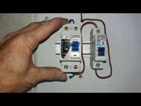 Como conectar disyuntor diferencial y termomagnetica youtube for Como instalar una terma electrica