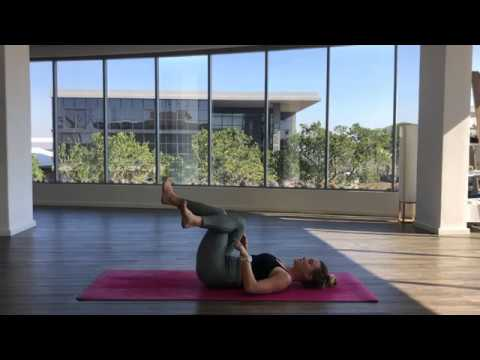 A guided vinyasa flow to mindfully unite mind, body & breathe with Chade