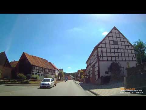 D: Elleringhausen. Gemeinde Twistetal.  Landkreis Waldeck-Frankenberg. Ortsdurchfahrt. August 2016