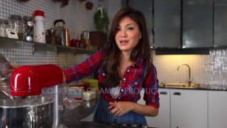 Chef Karen Carlotta - KC in The Kitchen 02 Part 2 - Red Velvet Cake