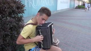 КЛАССНО ИГРАЕТ!!! Поппури советских песен на баяне/ Poppuri Soviet songs 2