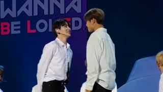 Video 180119 cute sungwoon and woojin staring game WANNA ONE IN KL FANMEET MALAYSIA download MP3, 3GP, MP4, WEBM, AVI, FLV Agustus 2018