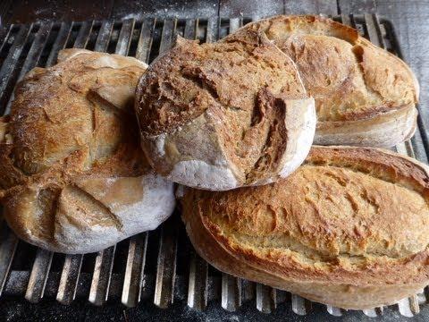 Pan en horno de le a youtube - Cocinar horno de lena ...