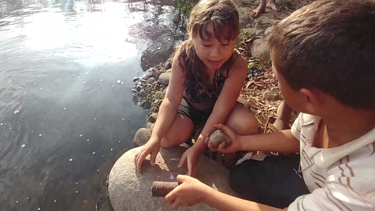disfrutando-de-los-caraos-la-contaminacion-de-los-rios-dia-de-diversion-en-el-rio-parte-6