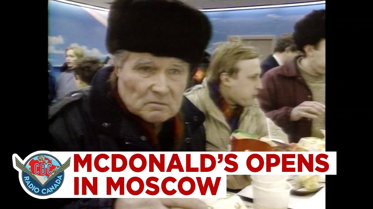 30,000 People Line Up for the First McDonald's in Moscow, While Grocery Store Shelves Run Empty (1990)