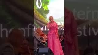 Video Helena Vondrackova 25.08.2017 Ein Engel, der weiß, was er will, Annaberg-Buchholz download MP3, 3GP, MP4, WEBM, AVI, FLV September 2017
