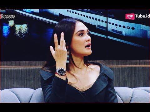 Main Film Bernapas Dalam Kubur, Luna Maya Ziarahi Makam Suzanna Part 2A - HPS 08/11 Mp3