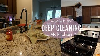 CLEAN WITH ME2017// Deep Cleaning// Kitchen// Cleaning motivation