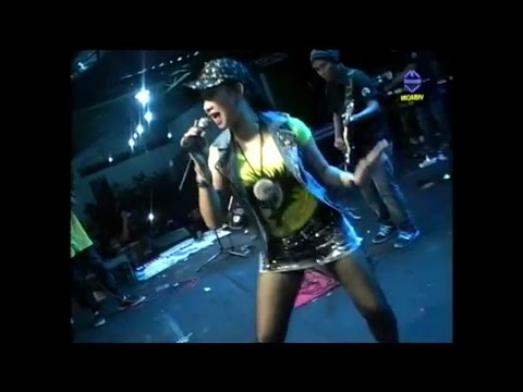 Ratna Antika ~ SAMBALADO Monata Live in Tlogowungu Pati 2016