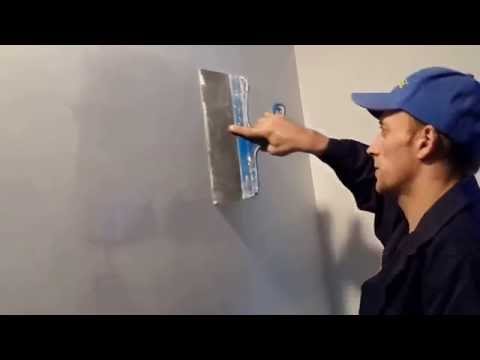 видео: шпатлевка стен под окраску (2ой слой)