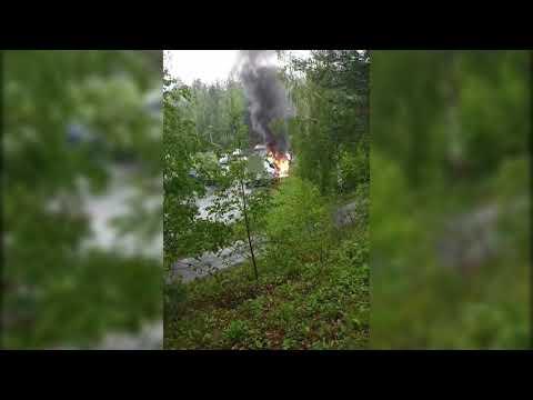 Lastebil i brann