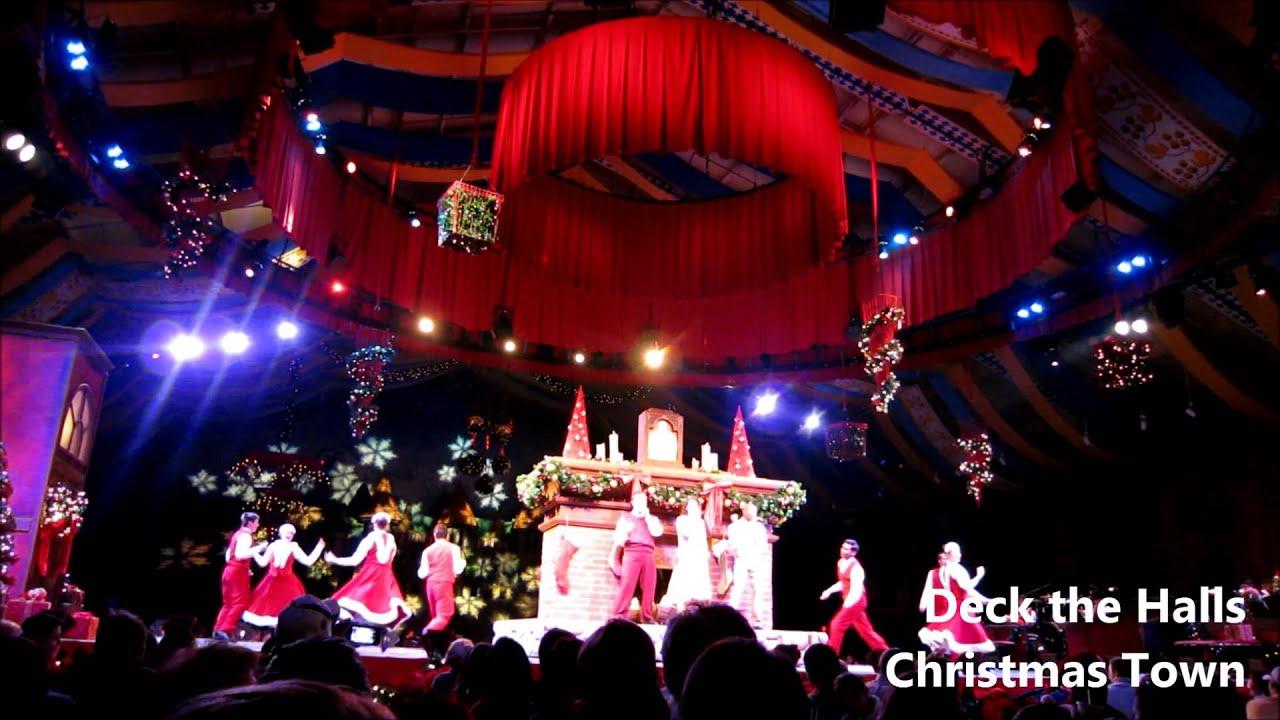 Deck The Halls Christmas Show Busch Gardens Williamsburg Virginia Usa Youtube