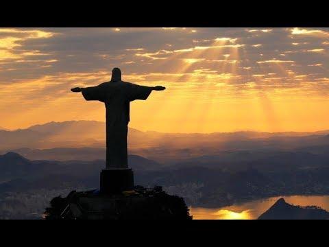 Cristo Rei contra os sinodais, modernistas e liberais